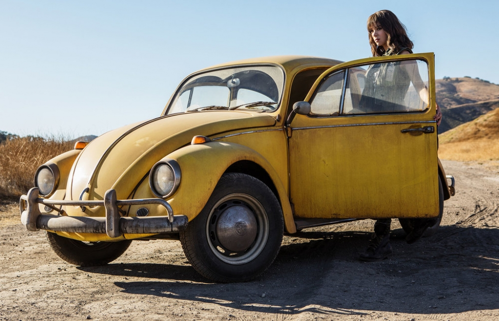 canh phim nao khien hailee steinfeld lo lang nhat trong bumblebee