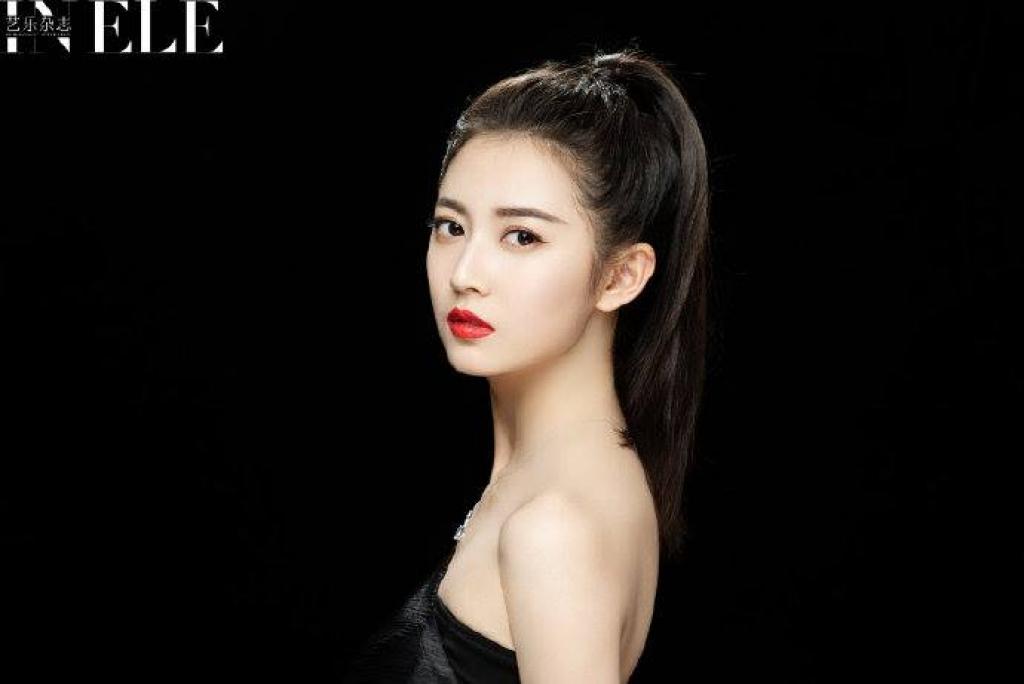 khong chi chu chi nhuoc trieu man tran ngoc ky cua y thien do long ky 2019 gay sot chang kem