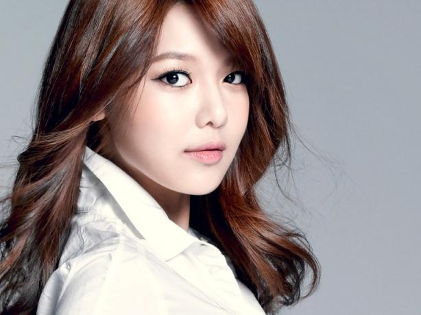 Thành viên Sooyoung của Girls'Generation nói về dự án phim hợp tác với Nhật Bản