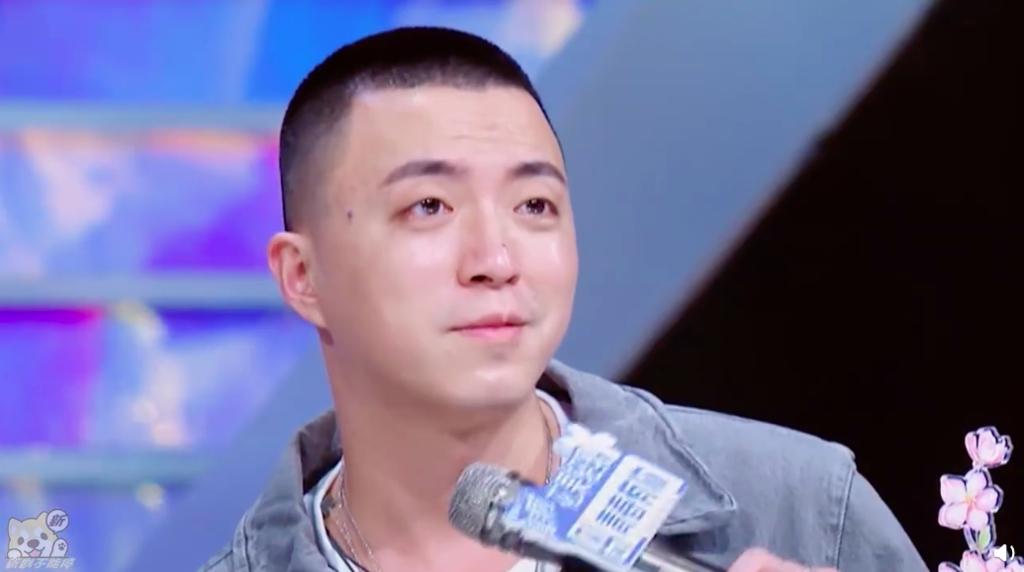 fan nhiet tinh cheo thuyen ngu thu han voi thai tu khon va trieu tieu duong jony j cung khong tha