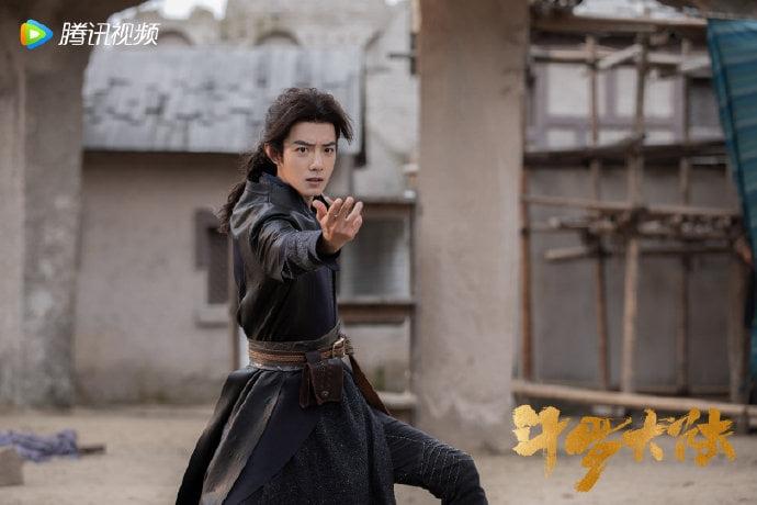 Đường Tam của Tiêu Chiến là nhân vật được yêu thích nhất màn ảnh đầu năm 2021