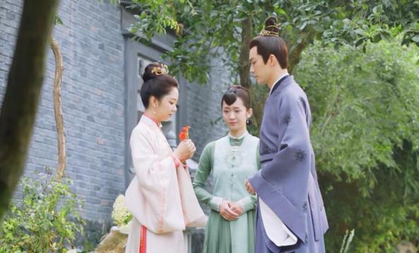 Vương Nhất Bác nhập hội 'fan ruột' 'Cẩm tâm tựa ngọc' của Đàm Tùng Vận và Chung Hán Lương