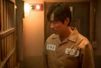 doctor prisoner bac si nha tu xac lap ky luc nguoi xem khong tuong