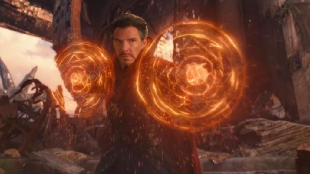 Marvel muốn giấu 'Doctor Strange 2' làm 'con bài tẩy' trong năm sau?