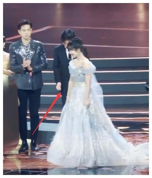 Tại sao Dương Tử và Trương Nghệ Hưng cứ mãi bị đồn hẹn hò như thế?