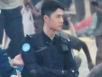 Vương Nhất Bác, Hoàng Cảnh Du, Trương Triết Hạn đọ sức hút trong trang phục cảnh sát, ai mới là soái ca trong lòng chị em?