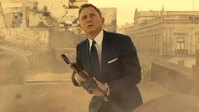 Daniel Craig gặp chấn thương nghiêm trọng, fan phải chờ thêm 2 năm mới được xem 'James Bond 25'?