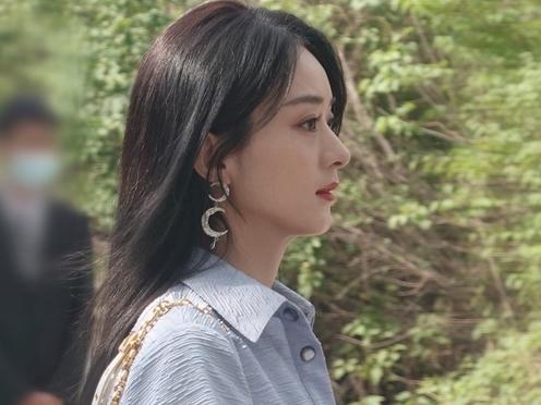 Triệu Lệ Dĩnh tái xuất sau hậu ly hôn với nhan sắc cực phẩm, đúng là con gái đẹp nhất khi không thuộc về ai