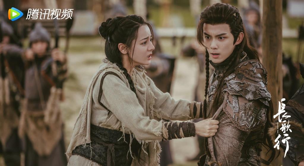 Triệu Lộ Tư và Ngô Lỗi được đồn đong phim chung, netizen tuyên bố: 'Thích hơn là Địch Lệ Nhiệt Ba!'