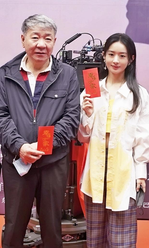 Phùng Thiệu Phong tung clip Triệu Lệ Dĩnh ngoại tình với đạo diễn 67 tuổi? Lời đồn hay quy tắc ngầm để gắn mác 'nữ hoàng rating'?