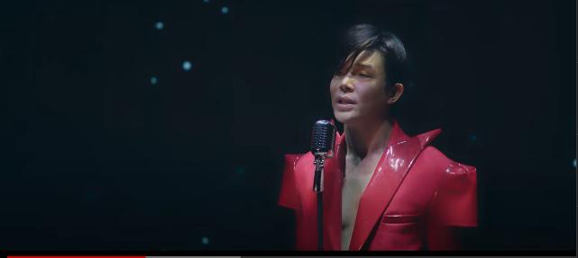 Nathan Lee bầm dập trong MV mới, khoe ngực trần và tuyên bố đanh thép tới những kẻ ghét mình