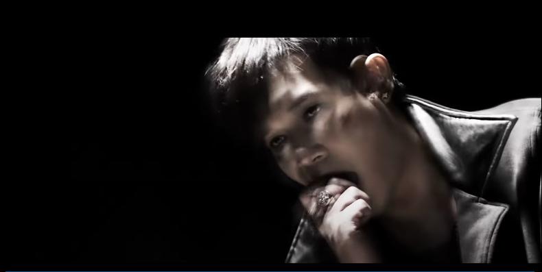 'Soi' MV của Nathan Lee, thì ra 'ông hoàng livestream' cũng mê mẩn những đồ cute, trùm cuối không làm bạn thất vọng