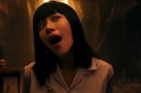 'Đào lại' khoảnh khắc Nanno của 'Girl from nowhere' lên TV, làm MC hoảng hốt vì điệu cười man rợ!