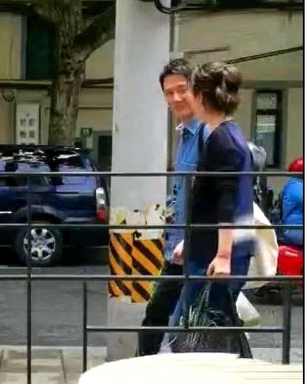 Vừa ly hôn Triệu Lệ Dĩnh, Phùng Thiệu Phong đã hớn hở 'cặp kè tình mới' Hải Thanh tại Thượng Hải