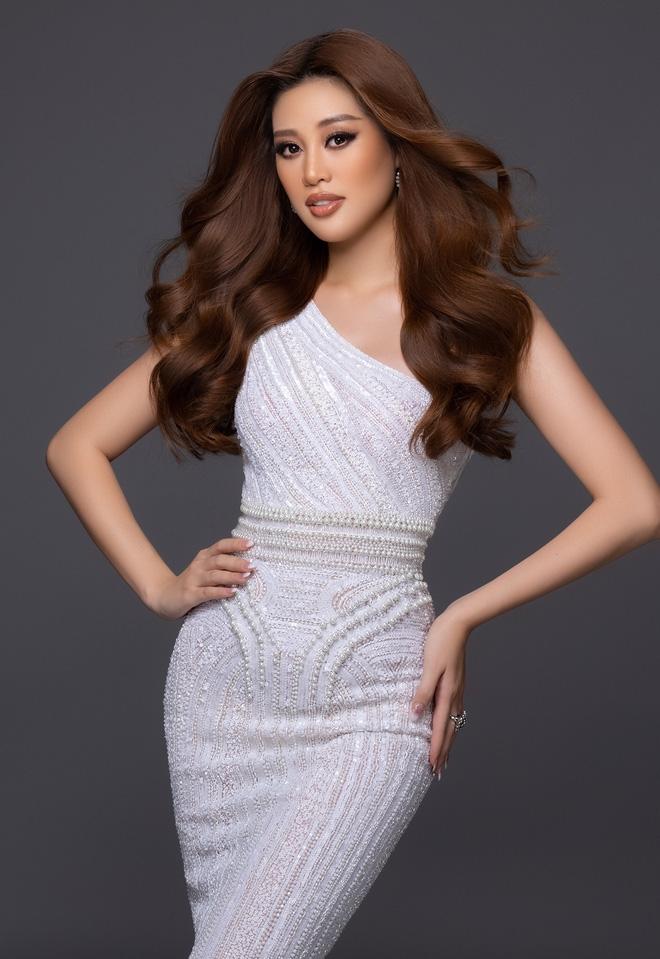 Nhìn lại hành trình chinh phục top 21 'Miss Universe 2020' của Khánh Vân: Bị thương liên miên nhưng luôn nỗ lực