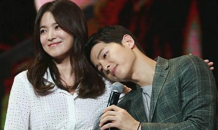song joong ki vua moi danh nhung loi co canh cho song hye kyo nhu the nay