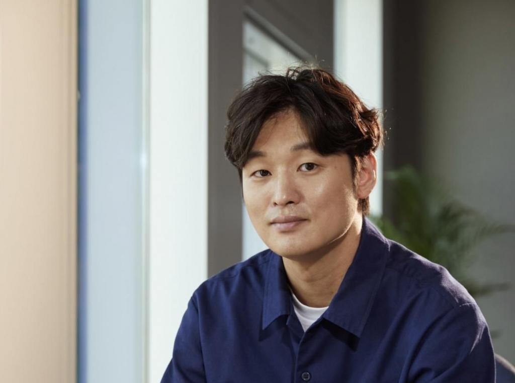 4 đạo diễn mỹ nam của điện ảnh Hàn: Nhan sắc có tỷ lệ thuận với tài năng?