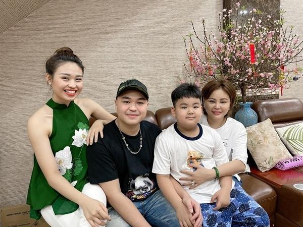 Con trai nghệ sĩ Duy Phương: 'Ba mất hết vì không trân trọng nghề nghiệp'