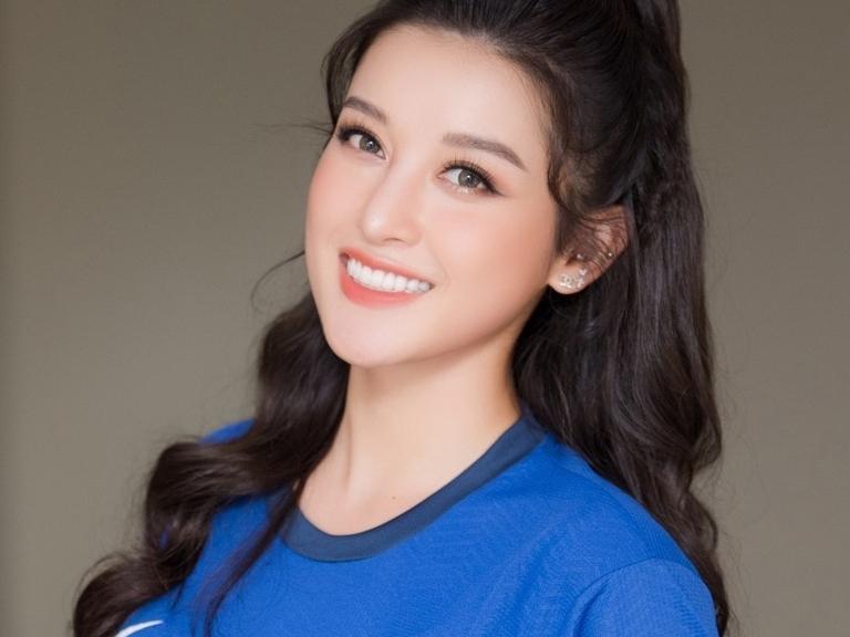 3 nàng hotgirl Việt vừa xinh đẹp lại am hiểu bóng đá đến kinh ngạc