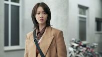 'Hush' - Phim về nghề báo gay cấn và đầy hài hước của Yoona