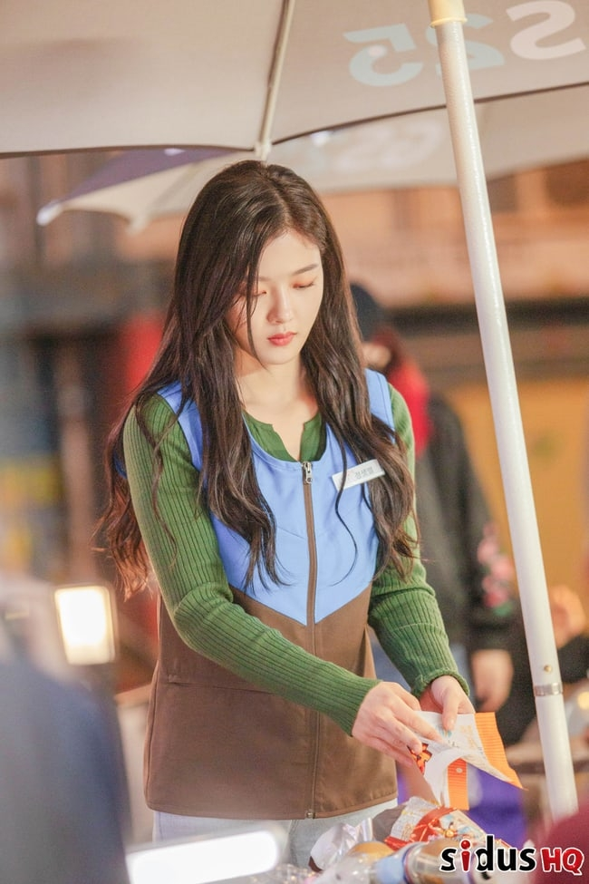 cua hang tien loi saet byul nhan sac kim yoo jung de bep noi dung phim