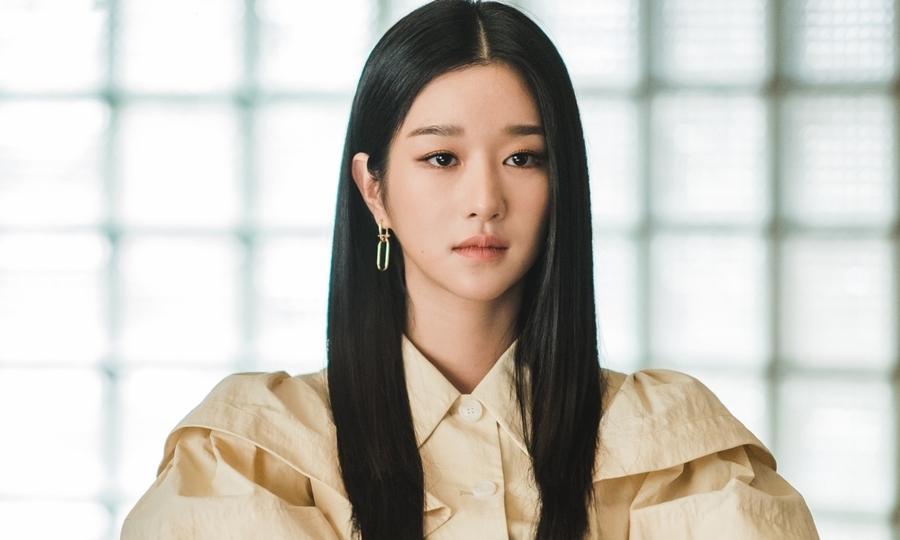 """11 bí mật của """"điên nữ"""" Seo Ye Ji mà fan """"cứng"""" chưa chắc đã biết"""