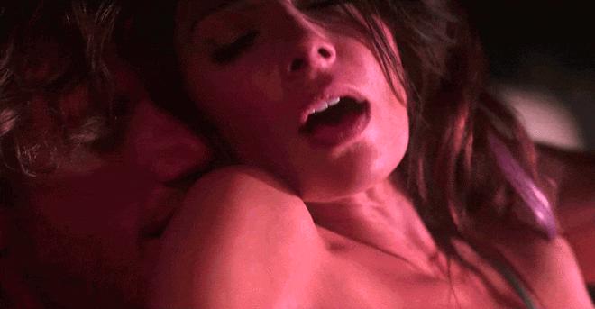 4 phim về ngập tràn tình dục gây tranh cãi trên Netlix nhưng càng khiến 'gã khổng lồ' này nổi tiếng