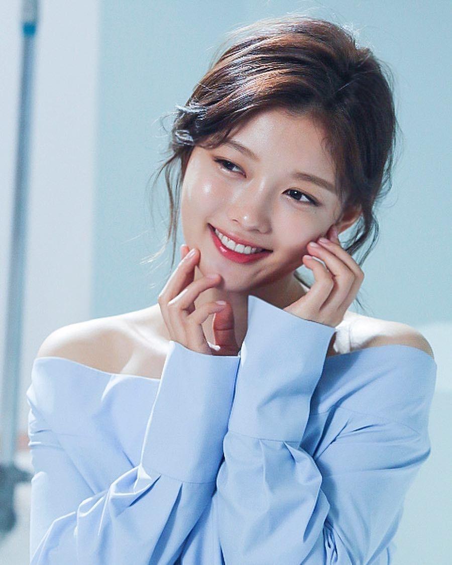 Park Min Young, Kim Yoo Jung cùng các sao nữ Hàn Quốc đóng phim toàn flop 'sấp mặt'