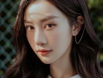 Jun Vũ đau đầu vì bị nhầm là cô gái 'ông ngoại Pfizer', xin CĐM đừng report Facebook