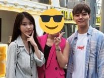 'Bà chủ khách sạn Man Wol' IU và 'quản lí số nhọ' Yeo Jin Goo thân mật ở Thái Lan