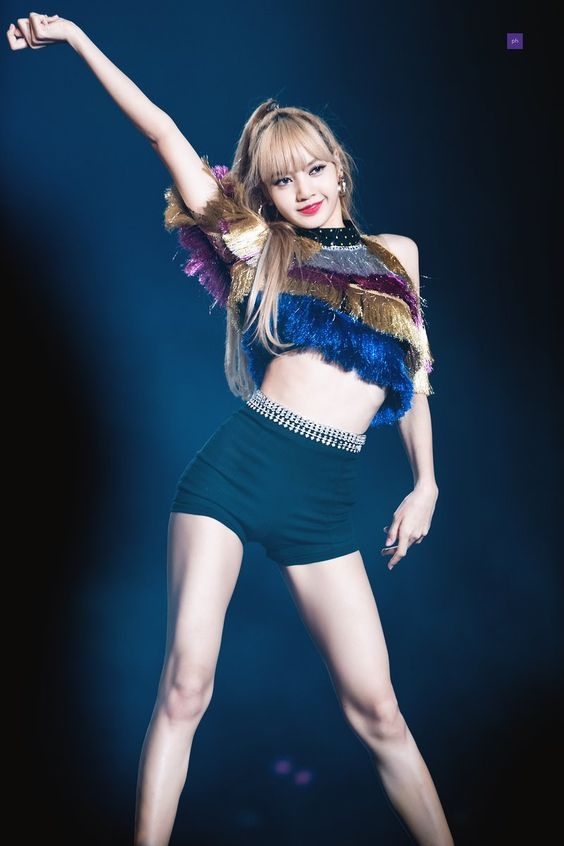 lisa blackpink co the lam co van dac biet cho show song con idol producer 3