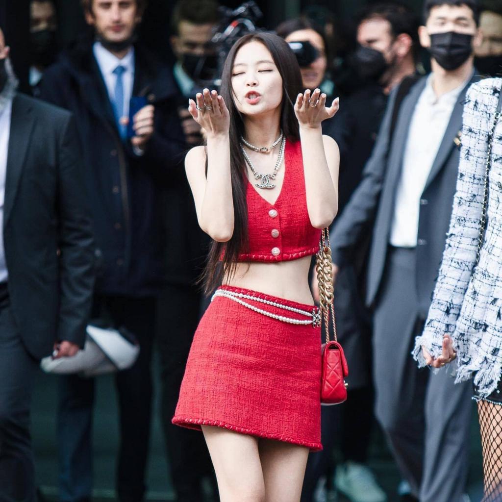Chùm ảnh Jennie sang chảnh, quyến rũ ở sự kiện của Chanel