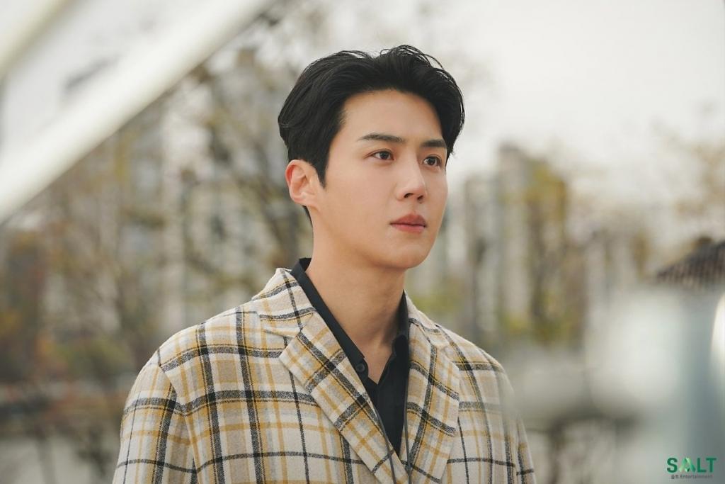 Rộ tin Kim Seon Ho nhập viện sau loạt bê bối?