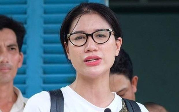 Trang Trần bị phạt 7,5 triệu đồng vì chửi tục trên livestream
