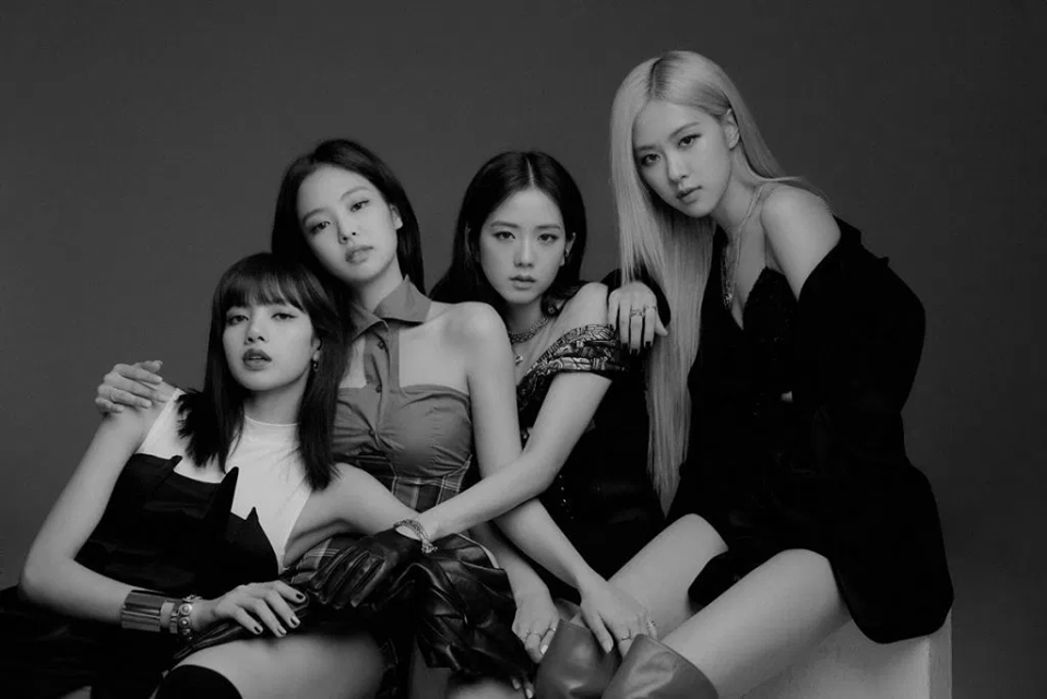 blackpink cong pha lien tiep bang xep hang billboard year end charts 2019