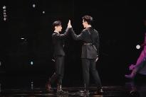 La Vân Hi và Trần Phi Vũ thân thiết khi trở thành cặp đôi mới trong 'Hạo Y Hành'