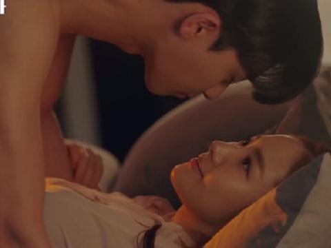 Những 'cảnh nóng' trên màn ảnh Hàn Quốc làm dân tình 'đỏ mặt tía tai'
