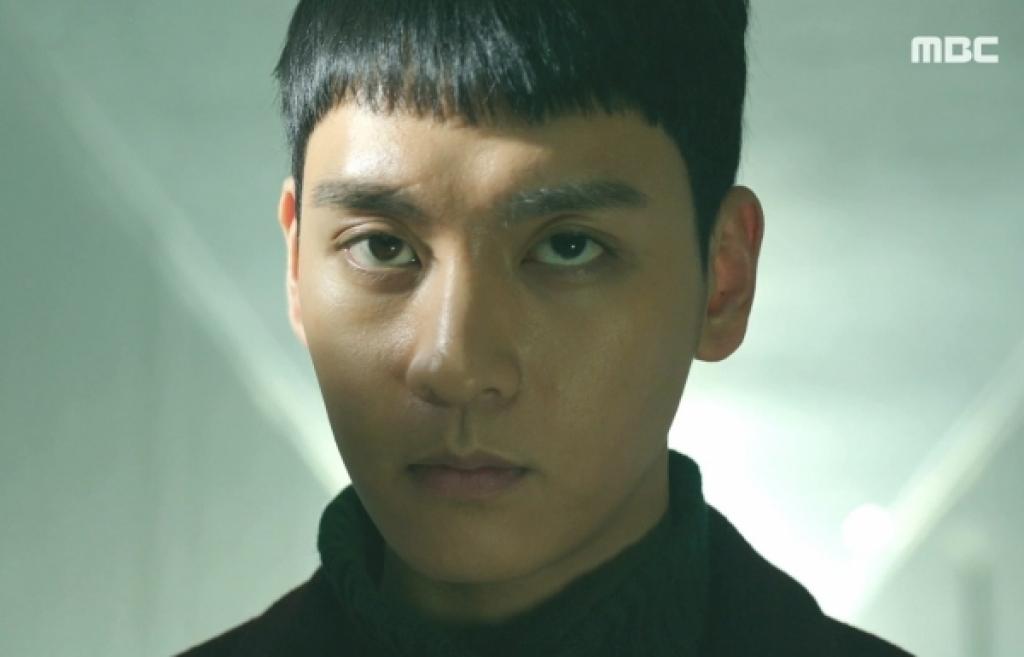 khong phai lee jong suk cuoi cung ban trai cua park shin hye da lo mat