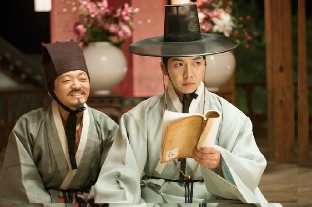 lee seung gi toi khong coi ao de khoe co bap