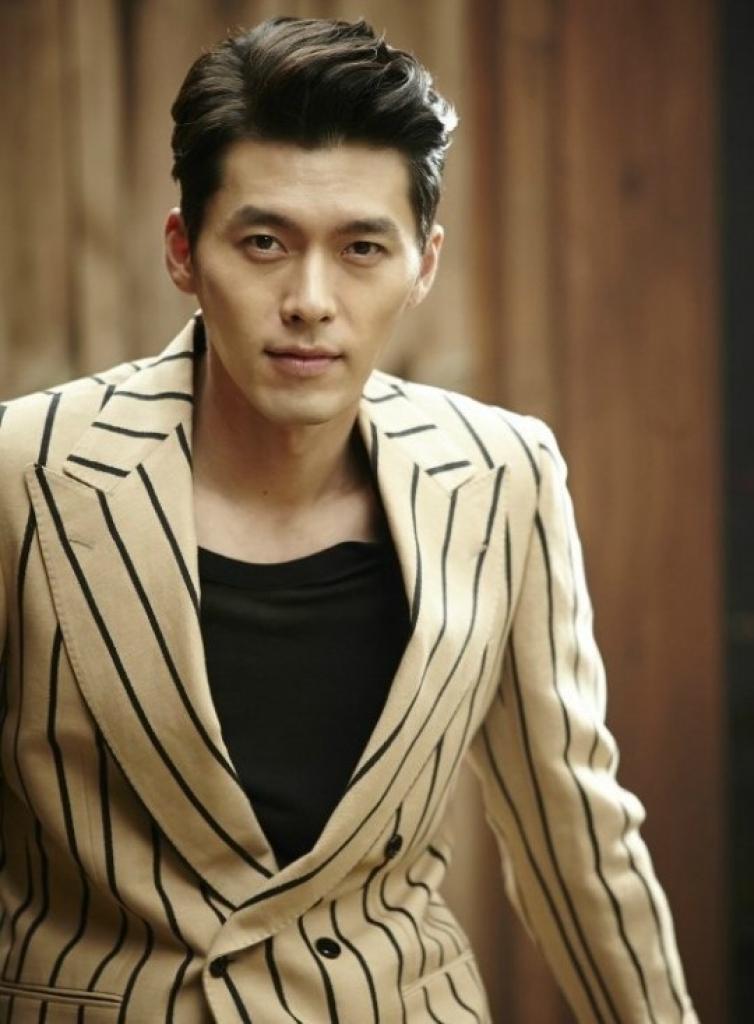 park shin hye khoe anh di choi o barcelona trong luc quay phim cung nam than hyun bin