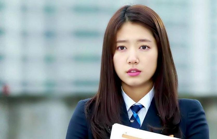 Đây là 13 sao Hàn 'cưa sừng làm nghé' đóng vai học sinh thuyết phục nhất