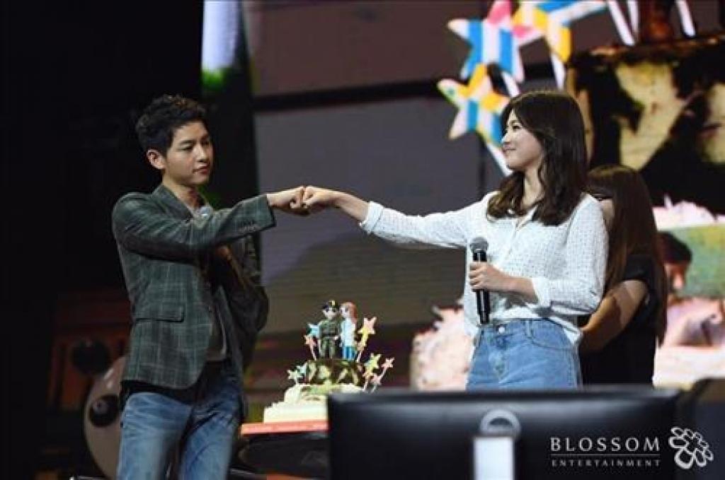 nhung khoanh khac chung to song joong ki va song hye kyo duoc sinh ra la danh cho nhau