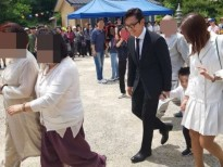 Cư dân mạng Hàn Quốc phát cuồng với ảnh của con trai Lee Byung Hun và Lee Min Jung