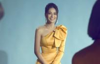 Hoa hậu Phương Khánh: 'Tôi từng sợ catwalk và chỉ tự tin ở phần thi ứng xử của Miss Earth'