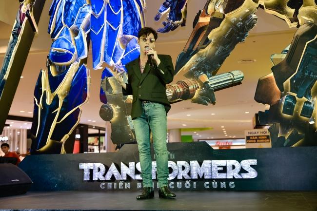 son tung m tp dien style cuc chat do do ngau cung dan robot transformers