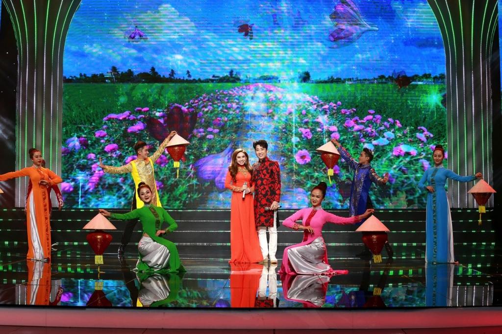 MC Quỳnh Hoa tiết lộ tuyệt chiêu 'nắm đầu chồng' dành cho cô dâu mới