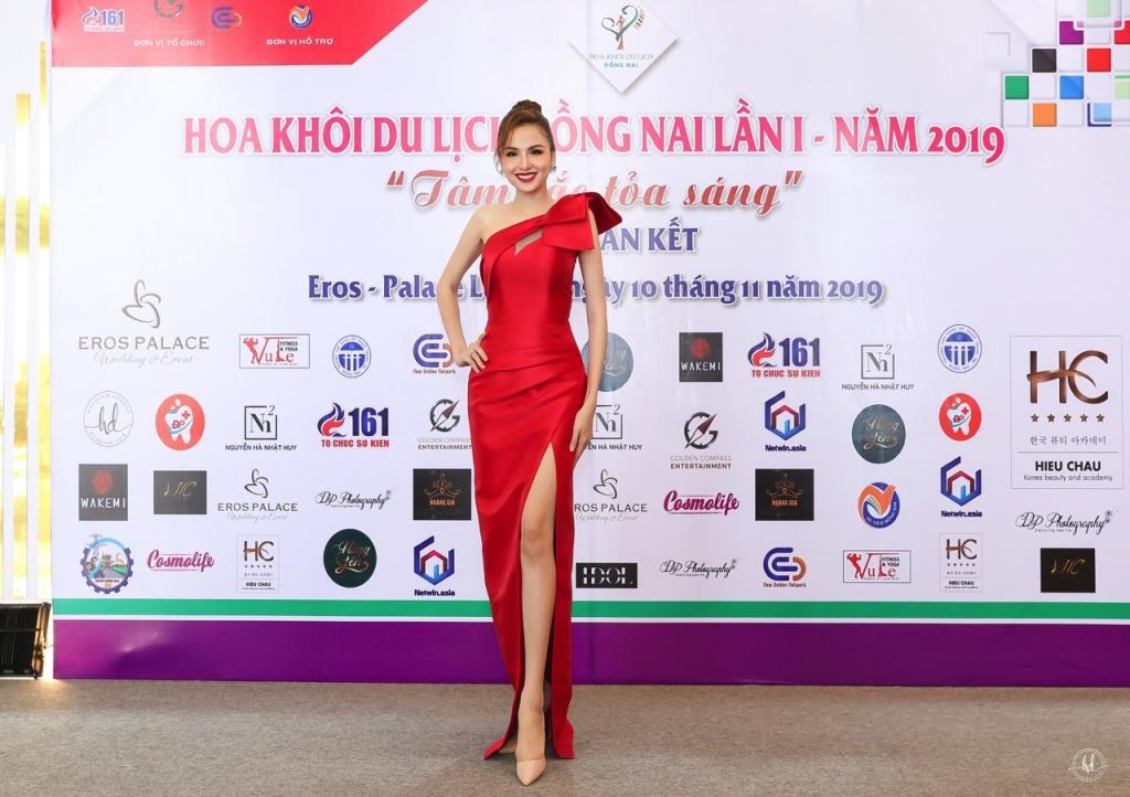 diem huong anh thu song hanh cam can nay muc cuoc thi hoa khoi du lich dong nai 2019