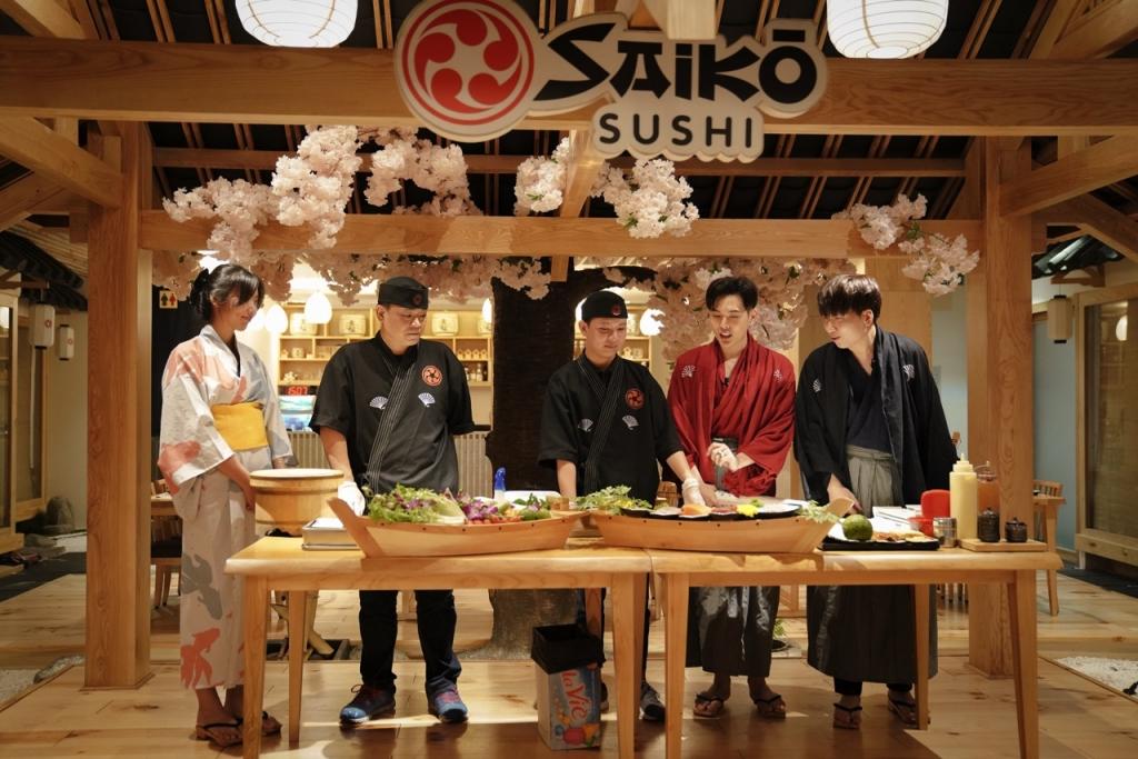 phat la doi dau vo dang khoa trong cuoc chien cuon sushi
