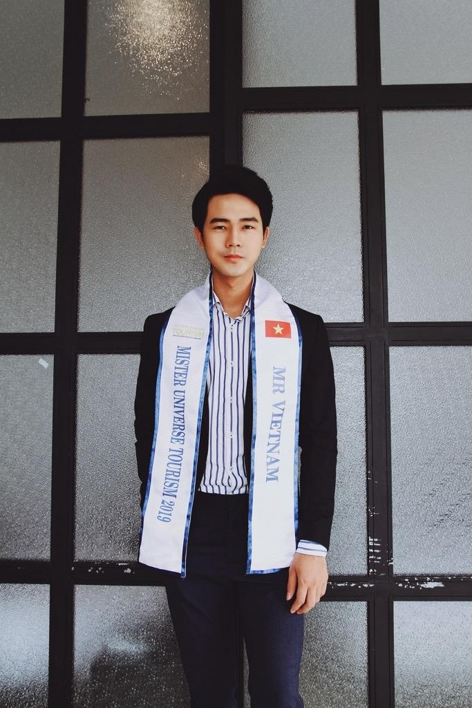 nguyen luan duoc co van the hinh chuyen nghiep de thi mister universe tourism 2019