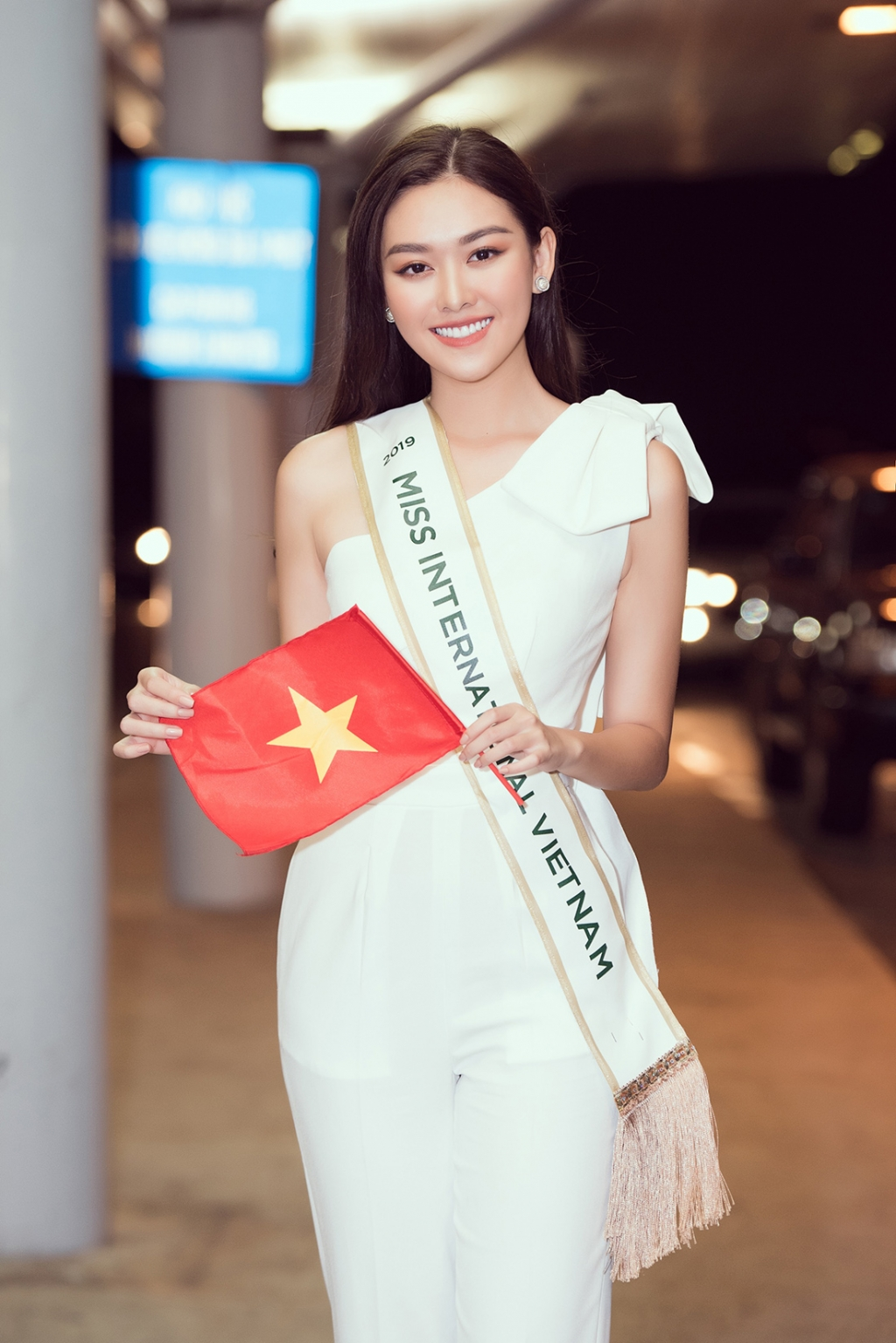 miss international bat ngo cong bo top 10 trang phuc da hoi co ten tuong san
